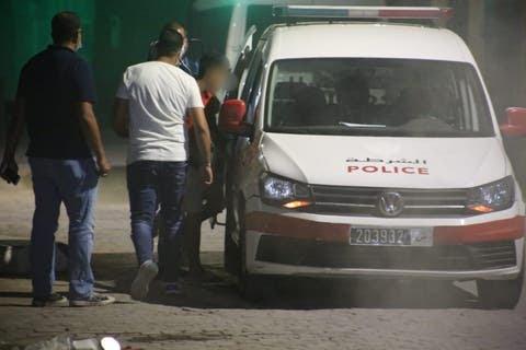 """صورة القصر الكبير .. ترويج المخدرات و""""القرقوبي"""" يجرّ 3 أشخاص للإعتقال"""